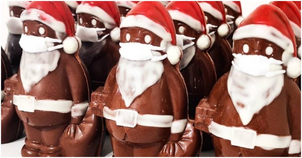 Idén a csokimikulás sem lesz a régi - Lajosmizsére már megérkeztek az első szájmaszkos Mikulások