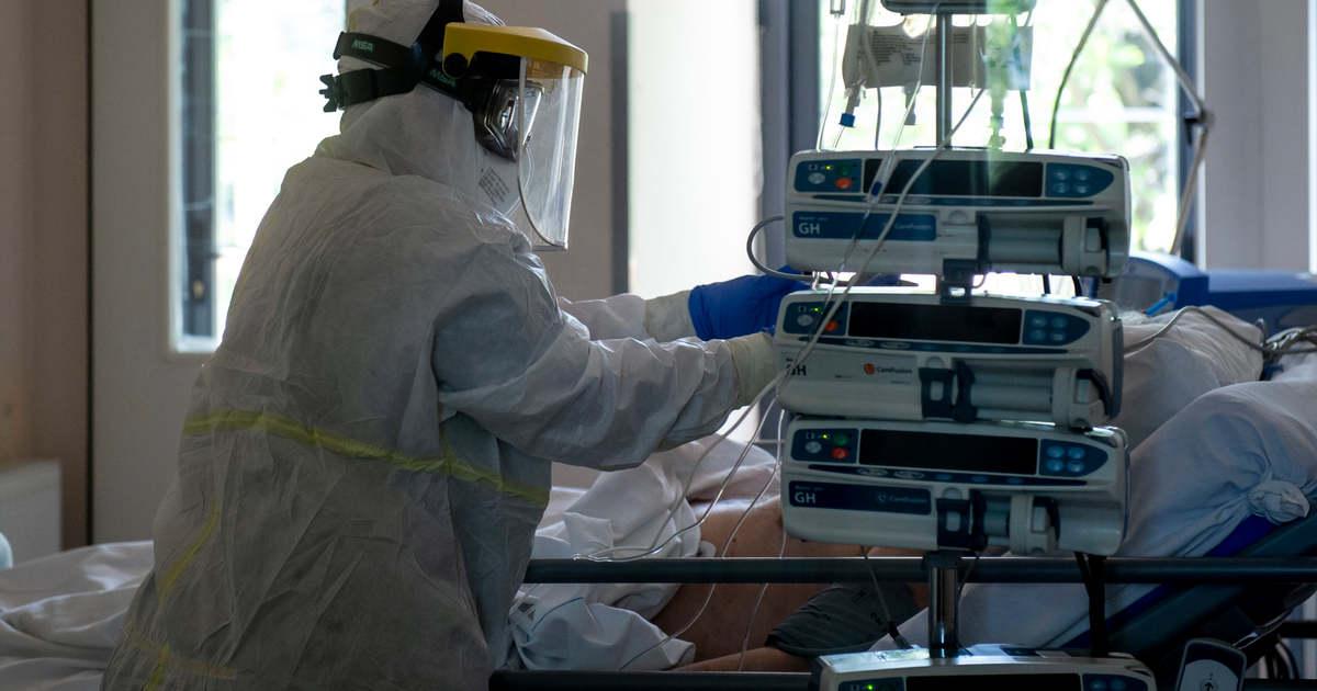 Íme a hétfő reggeli számok - 3334 új fertőzöttet diagnosztizáltak és 91 ember hunyt el a koronavírus miatt